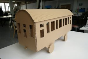 sophietais-carton-comande-train(1)