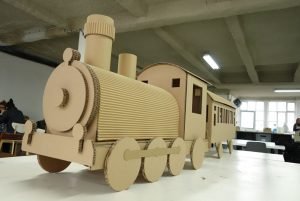 sophietais-carton-comande-train(6)